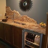Natural Stone Wet Bar Mountain Backsplash